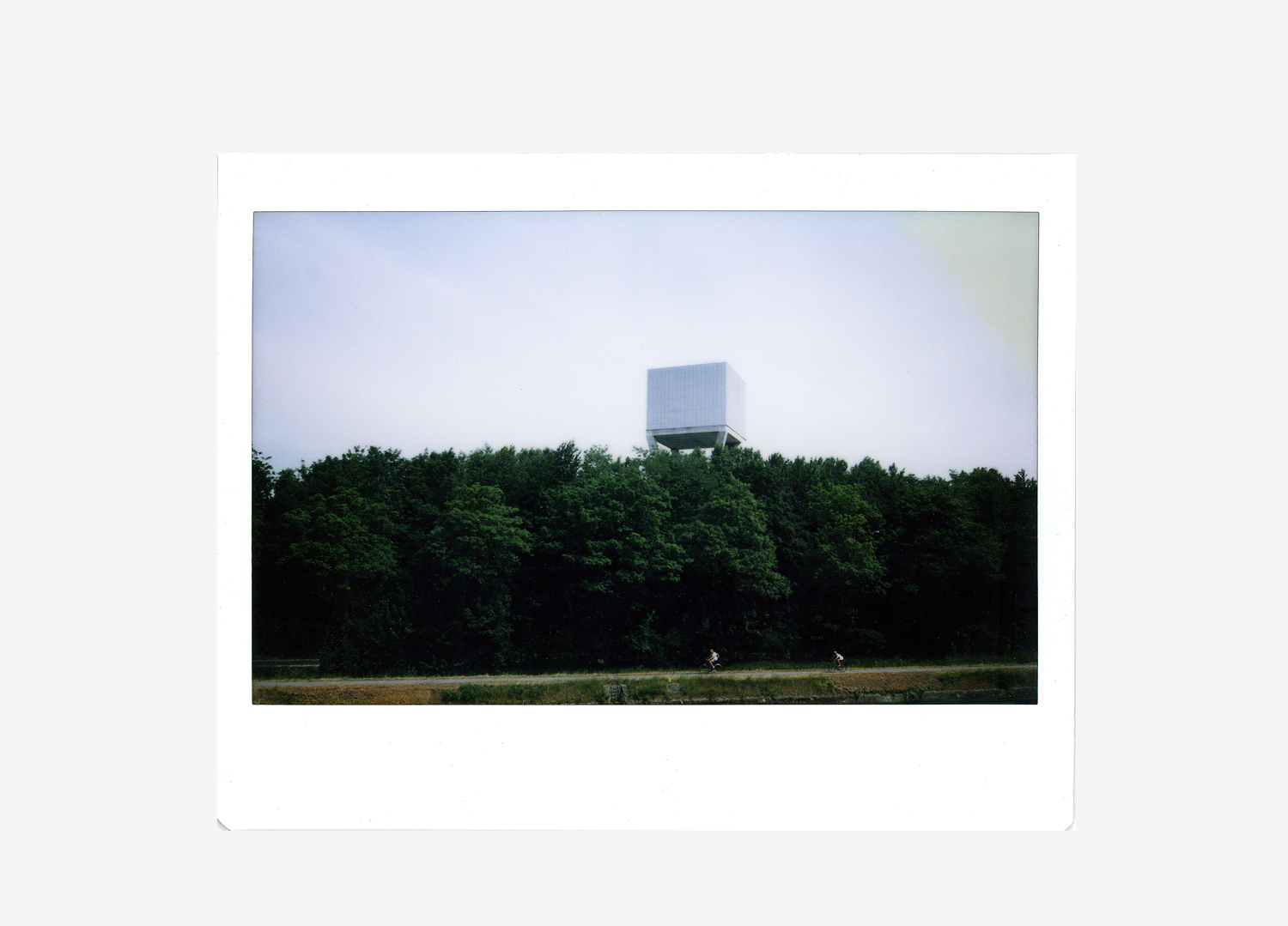 polaroid watertower  011